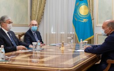 Kassym-Jomart Tokayev receives Deputy Chair of the Supreme Council for Reforms Sir Suma Chakrabarti