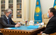 The Head of State receives Prime Minister Askar Mamin